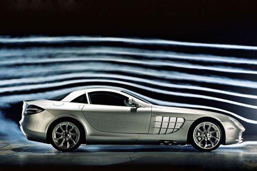 方面的设计,各家汽车制造厂都在努力的在为降低汽车的风阻系数而努力