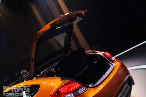 值得一提的是,veloster还将首次配备现代汽车自主研发的高清图片