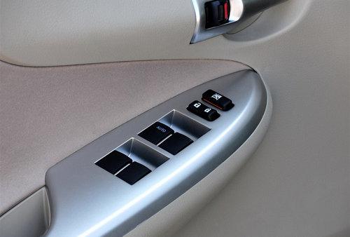 电动车窗故障 丰田在华召回140万辆汽车