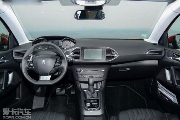 新款标致308s配有led尾灯,空调,wip音响系统,行车电脑和遥控中央门锁.