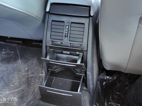 2010新款明锐; 后排空调出风口1.