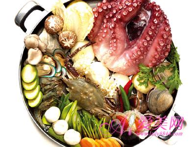 吃火锅要将食材煮熟 健康吃火锅的8个小窍门