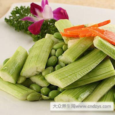 丝瓜的种类较多,常见的丝瓜有两种:线丝瓜和胖丝瓜.-丝瓜选择什