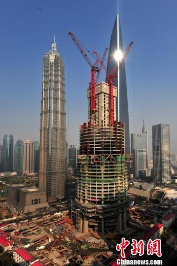 总高度632米的上海在建第一高楼——上海中心大厦