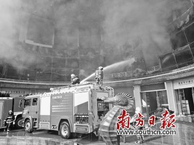 南昌星级酒店火灾致10人死亡 7名责任人被控制