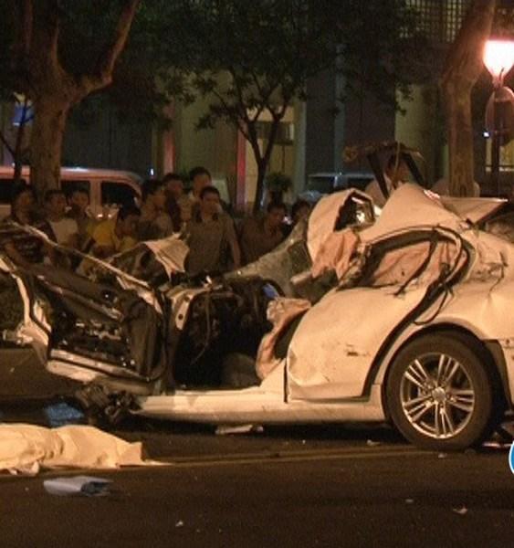 南京车祸致4人死亡