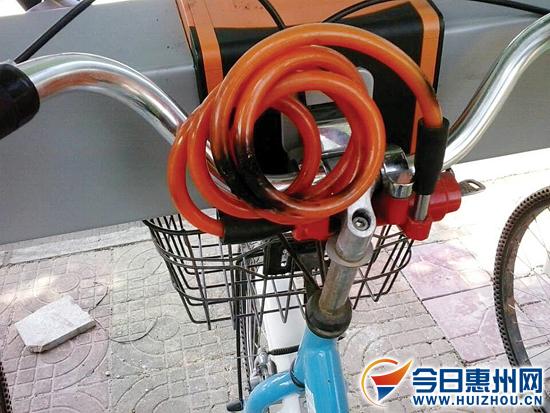 脚踏板丢失,座包破损,龙头锁被剪,轮胎被卸……惠阳惠民自行车投入
