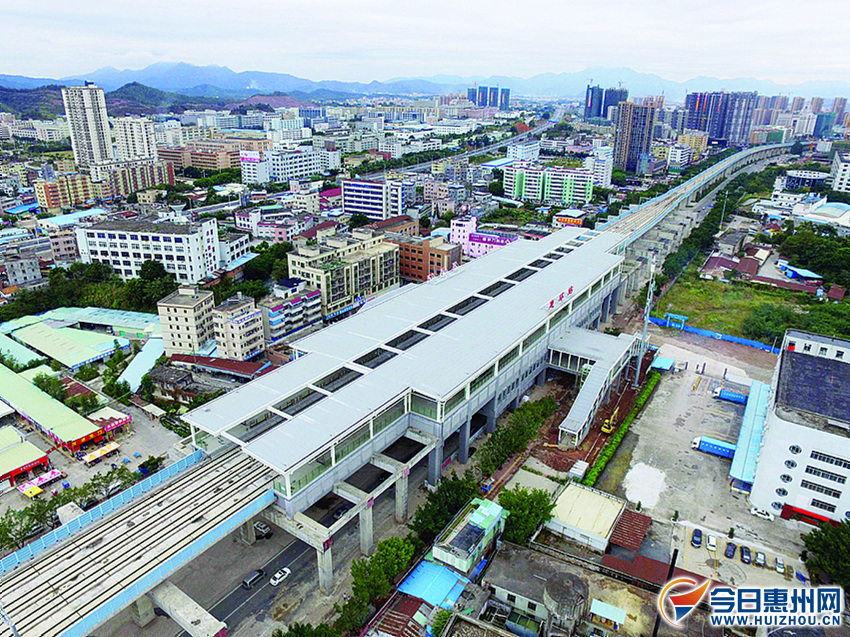 惠环站是一座高架站。