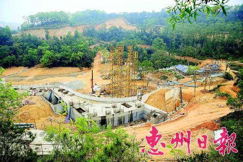 惠州市植物园一期工程温室屋顶开始搭建(图)
