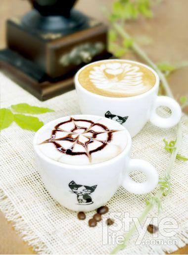 咖啡拉花 如果感觉纯手工制作的花式咖啡不过瘾